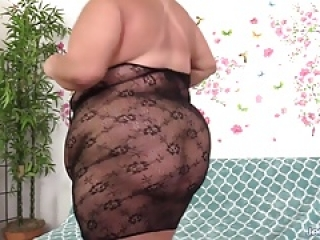 BBW Shows Off Her Fat Body & Fucks 2 Guys