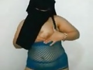 Egyptian real married milf niqab