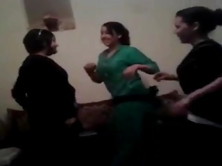 Saadia & friends - dancing party