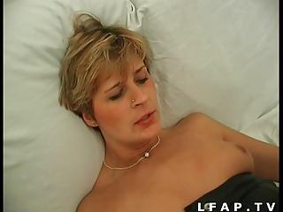 Cougar francaise sodomisee par un jeunot