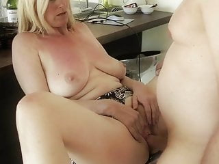 Desperate Divorced MILF with Her Neighbor Man In Kitchen