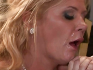 Ginger Lynn Is One Hot Cougar!