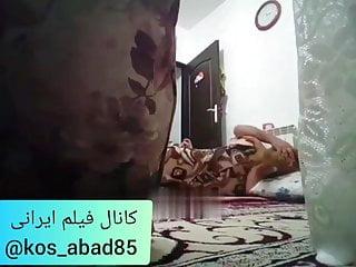 Irani marde dorbin ja saz karde zan hamsaie ro mikone
