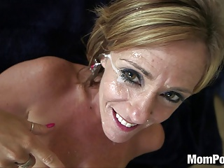 44 year old big tits cougar takes facial