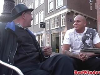آمستردام هوکر sixtynines و سواری مشتری