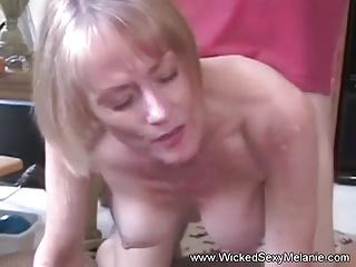 Amateur GILF Sexcapades