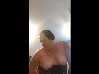 Watch my face as a put a dildo in my ass and cum