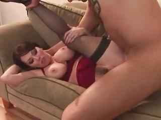 Hot MILF Cougar Rayveness