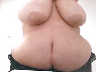 BBW Showing Tits & Ass