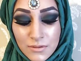 شلخته hijabi