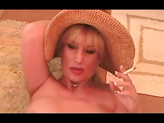 Hot Dirty Talking Cougar Smoking and Banging