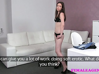 FemaleAgent Inexperienced gorgeous woman gets agents pussy