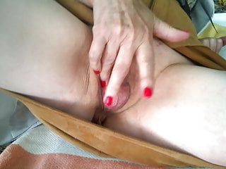 X pleasures of summer for a french slut milf