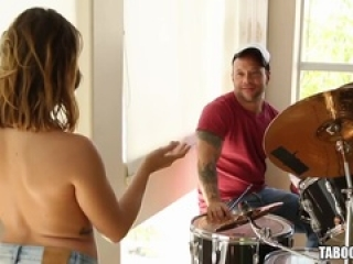 Keisha Grey loves hardcore pounding