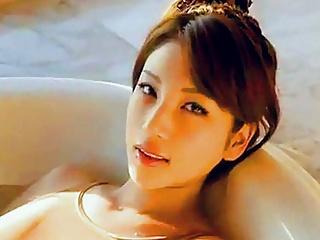 سکسی حمام جوانان آسیا