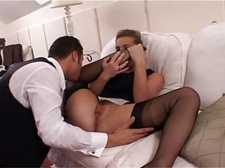 بریتانیا شلخته لوئیس در سیاه FF جوراب ساق بلند