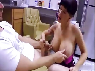 Angry Mom Shows not Son her Pussy-daddi