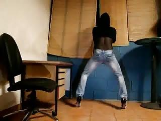 tx-milf in jeans