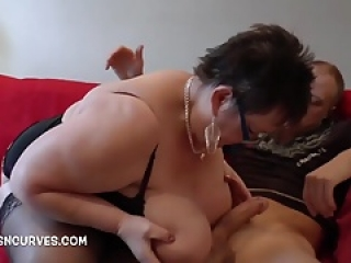 Granny Honey fucked by a big cock