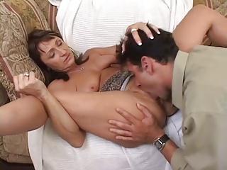 Hot Mature Cougar Jillian Foxx